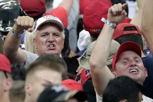 trump campaign rally brings out florida supporters while relying on nationalist rhetoric