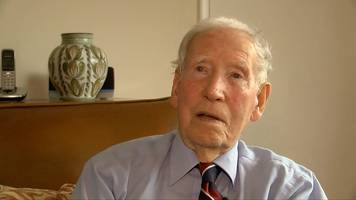 world war two: former pow, 97, backs petition for vj day