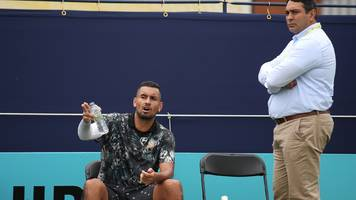 Nick Kyrgios accuses line judge of 'rigging game' at Queen's