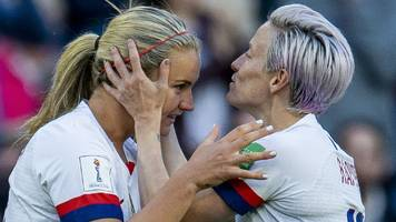 Women's World Cup: Favourites USA beat Sweden 2-0 to top Group F