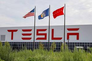 workers at tesla's buffalo solar tile factory say the company sabotaged their efforts to find new jobs after trying to unionize (tsla)