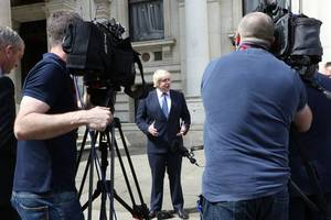 boris johnson in spotlight after report alleges police call-out