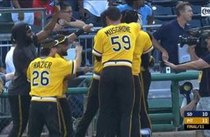 pirates rally in the 11th inning to beat padres on walk-off walk