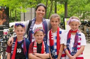 mothers and daughters support the united states women's national team
