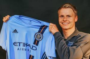 gary mackay-steven completes new york city move as claudio reyna hails signing