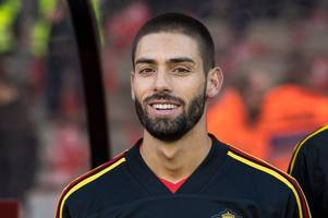 yannick carrasco to arsenal latest as agent drops transfer bombshell