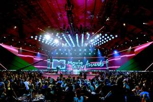 inside the mtv awards clash over a joke writer once accused of rape (exclusive)