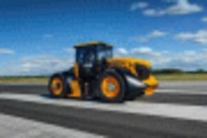 the world has a new fastest tractor and it does 100-plus mph