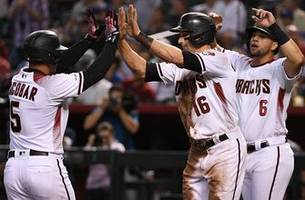 eduardo escobar hits 3-run home run helping the diamondbacks beat the dodgers