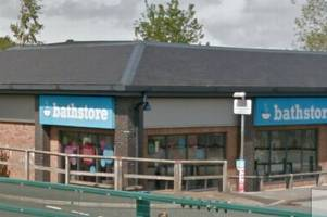 hundreds of jobs at risk at bathstore goes into administration