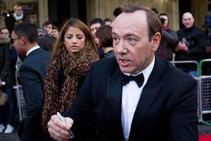kevin spacey is sued over alleged groping of a busboy in a new twist in case against him