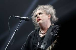 glastonbury sunday line up, set times and headline acts - the cure, kylie minogue and more