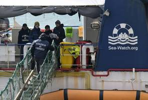 sea watch 3: refugee ship captain arrested after defying matteo salvini by taking rescued migrants ...