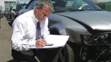 the benefits of hiring an auto accident lawyer