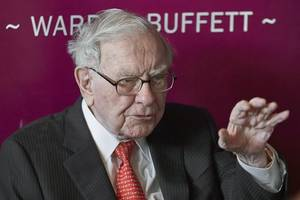 walmart heir, buffett to give away $4.8 billion of fortunes