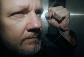 assange is trapped in the web of the us legal empire