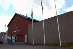 prison officer charged with taking mobile phone and tobacco into hmp lowdham grange