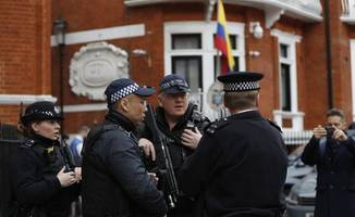 Spanish security firm spied on Assange 24/7, reveals plan to smuggle him to Russia or ...