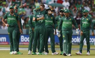 three arrested from jaipur for placing bets on pak-bangladesh match