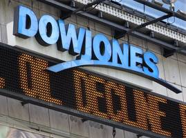 Dow breaches 27,000; healthcare in spotlight after Trump's decision on rebate