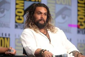jason momoa's 'dad bod' the envy of dads everywhere