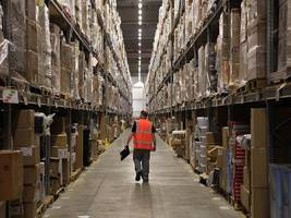 Some of Amazon's highly-paid tech workers say warehouse worker conditions are 'a source of shame' (AMZN)