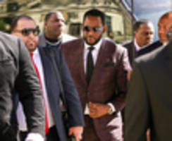 R. Kelly Arrested By NYPD And Homeland Security On Federal Racketeering, Sex Crime Charges