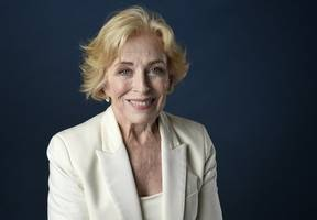 holland taylor joins cast of 'bill and ted face the music'