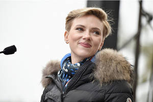 scarlett johansson on pc casting: 'i should be allowed to play any person or any tree or any animal'