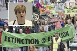top scots government environment agency splashes out on three flights for staff every day