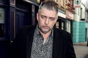 peaky blinders and fair city star karl shiels dies aged just 47 as tributes pour in