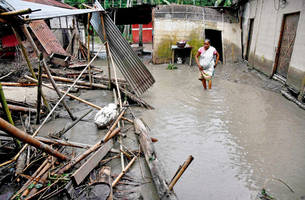 nepal deluge claims 60 lives, injures 38 others
