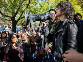 another leader of the giant google walkout protest is leaving the company