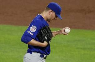 Montgomery reunited with Duffy in return to Royals