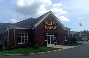 wells fargo does well after lower overall costs
