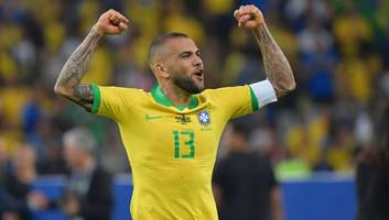 dani alves willing to take pay-cut to join arsenal as gunners move 'appeals' to copa america winner