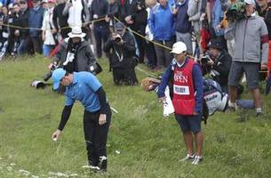 Key hole in first round of British Open