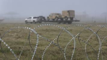 pentagon sending additional troops to southern border