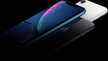 iPhone Loyalty Is Reportedly Dropping Like a Rock