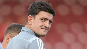 harry maguire left 'frustrated' by leicester over man utd transfer saga as time threatens to run out