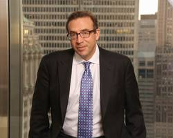 jp morgan's michael cembalest believes the leveraged loan market is 'deeply concerning' right now