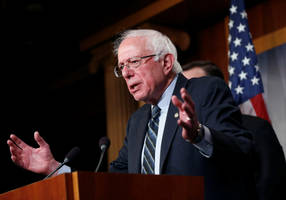 """Bernie Sanders' campaign organizers complain of """"poverty wages"""""""