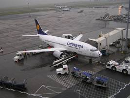 Lufthansa resumes Cairo flights, British Airways stays away