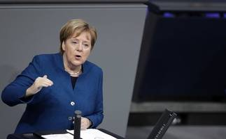 german chancellor invites new british prime minister to visit berlin amid brexit differences