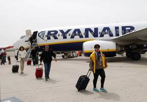 ryanair strike: hundreds of flights at risk of disruption as cabin crew walk out