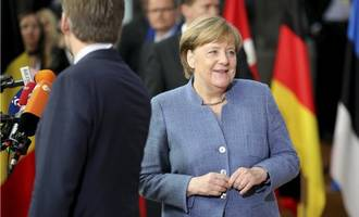german government divided over joining strait of hormuz naval mission
