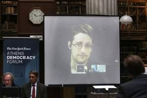 edward snowden memoir to reveal whistleblower's secrets