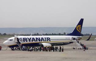 ryanair confirms 900 jobs at risk after o'leary staff video warns of 'bad news'