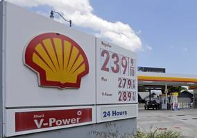 shell says earnings decline amid lower oil prices