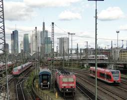 main railway station in frankfurt reopens after police arrest three people in suspected bank robbery